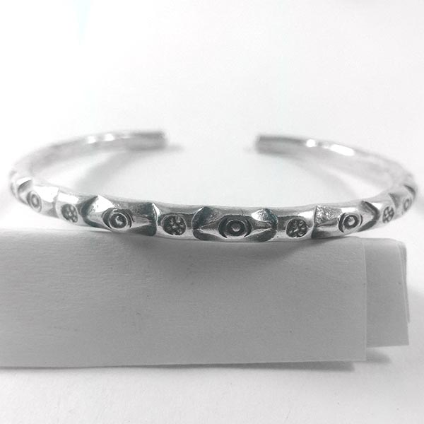 Adjustable Oxidized Abstract Pattern Karen Silver  Bangle  - sbangle128_3