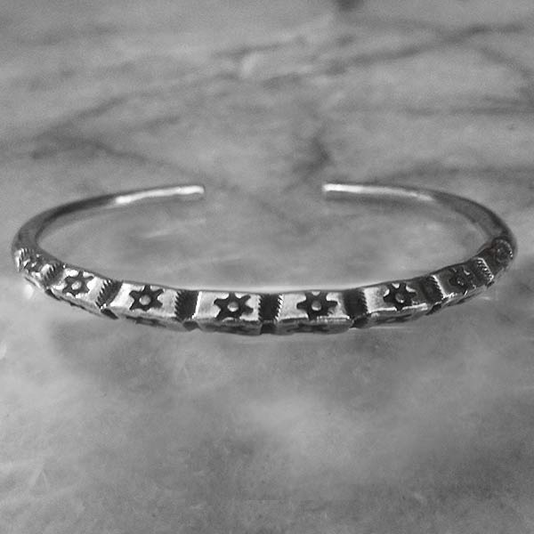 Hilltribe Adjustable Silver Bangle  - sbangle363_1